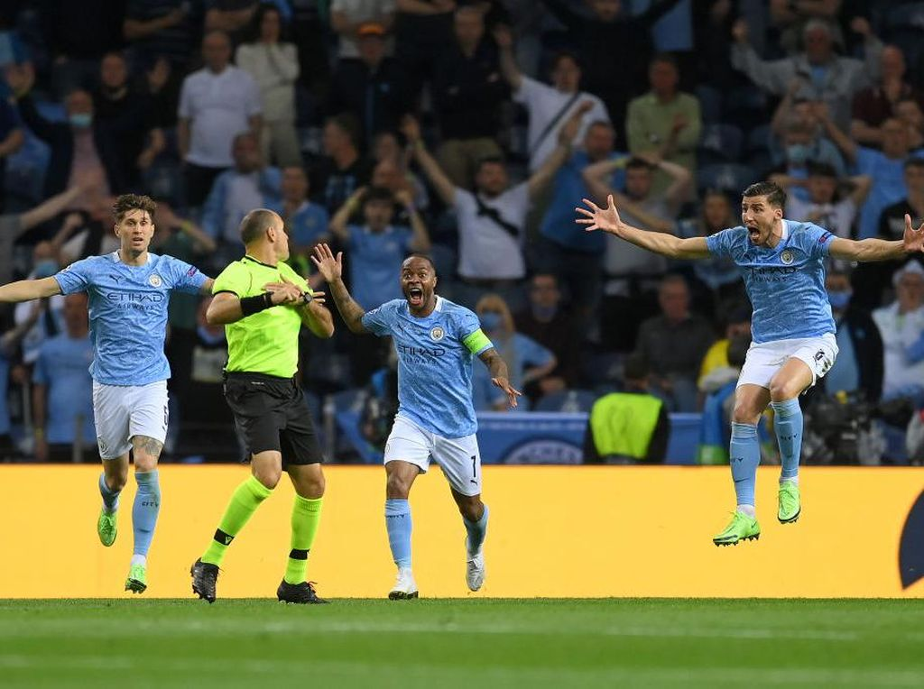 Wasit Ambil Keputusan Tepat Tak Beri Penalti ke Man City