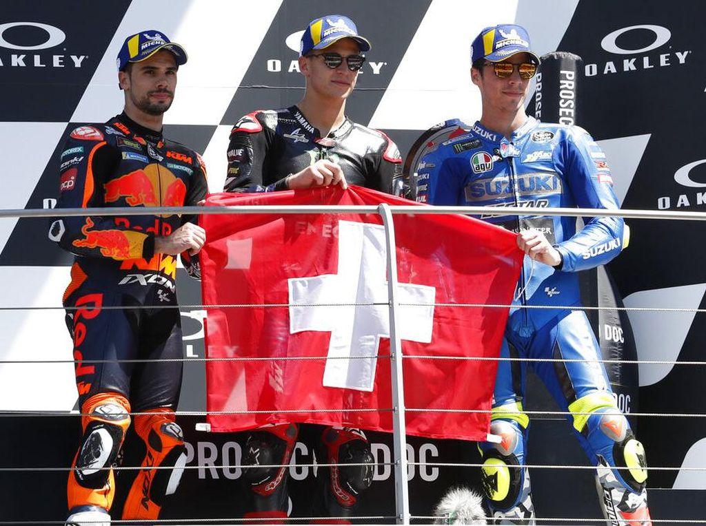 Duka Joan Mir untuk Jason Dupasquier dari Atas Podium MotoGP Italia