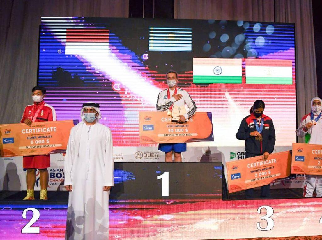 Huswatun Hasanah, Petinju Wanita Pertama Peraih Perak Kejuaraan Asia