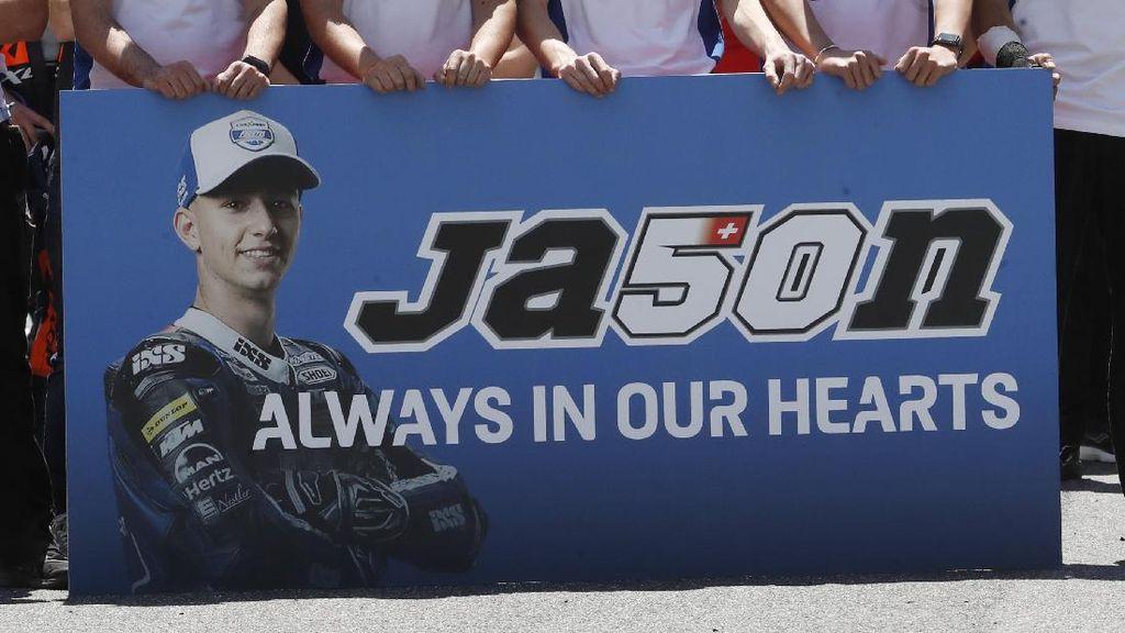 Penghormatan untuk Rider Moto3 Jason Dupasquier