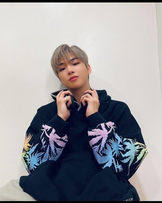 Penyanyi Kang Daniel.