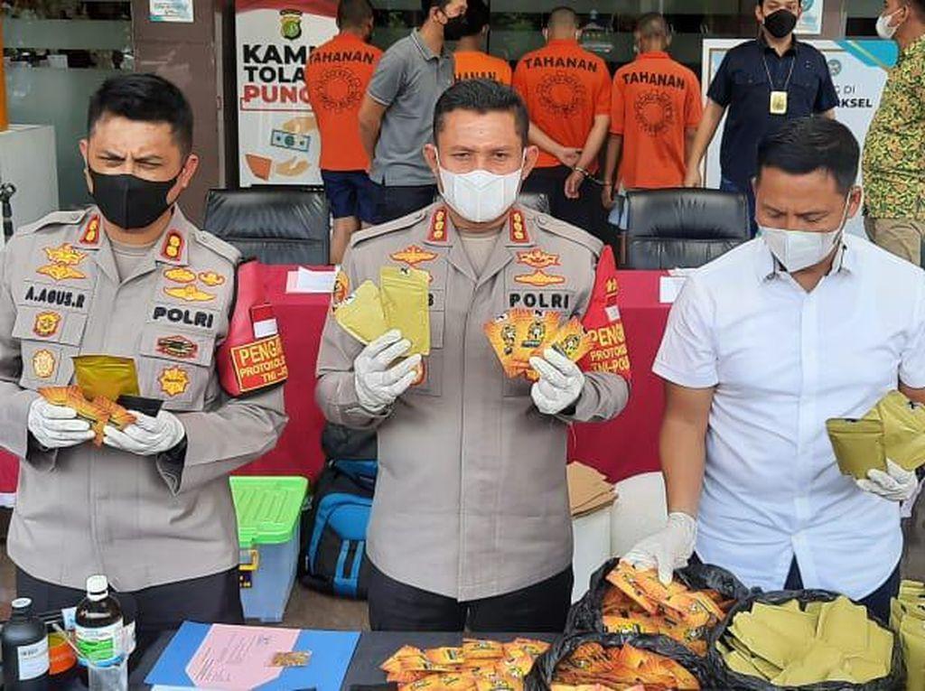 Pabrik Narkoba di Bogor Digerebek, 100 Kg Lebih Tembakau Sintetis Disita