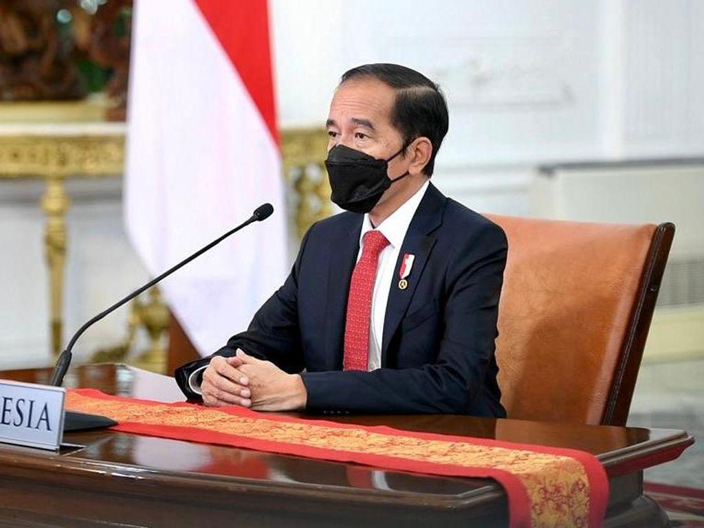 Sapa Presiden Korsel, Jokowi Pamer Omnibus Law Cipta Kerja