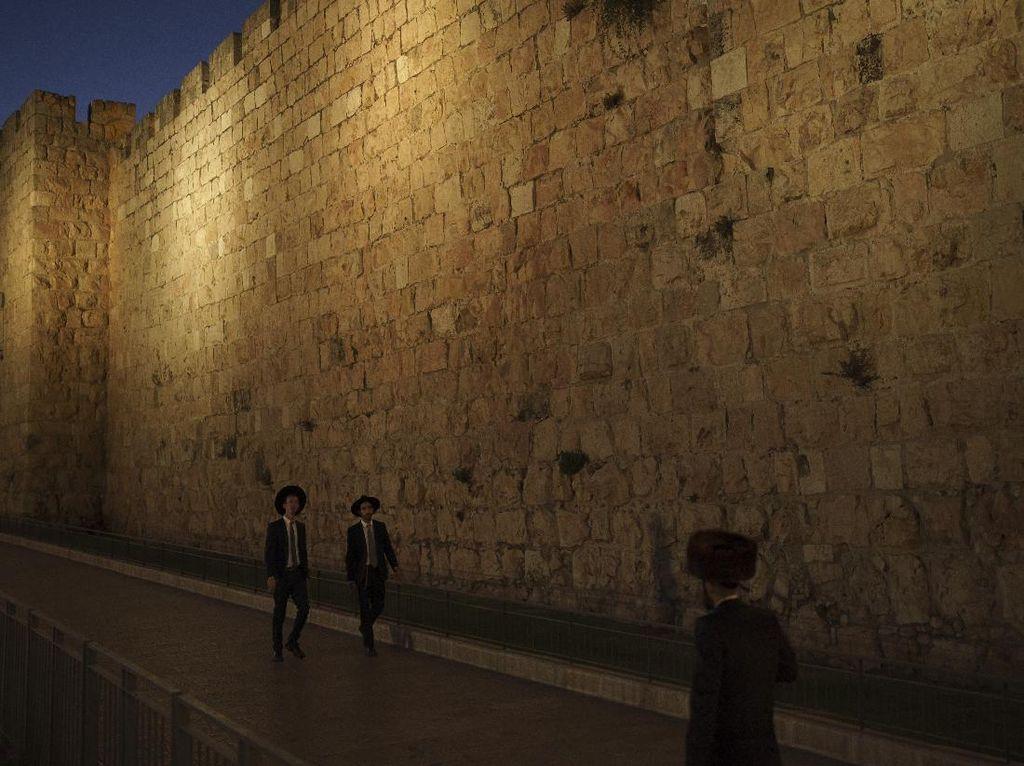 Israel Gelar Pawai Bendera di Yerusalem, Bisa Bentrok dengan Palestina