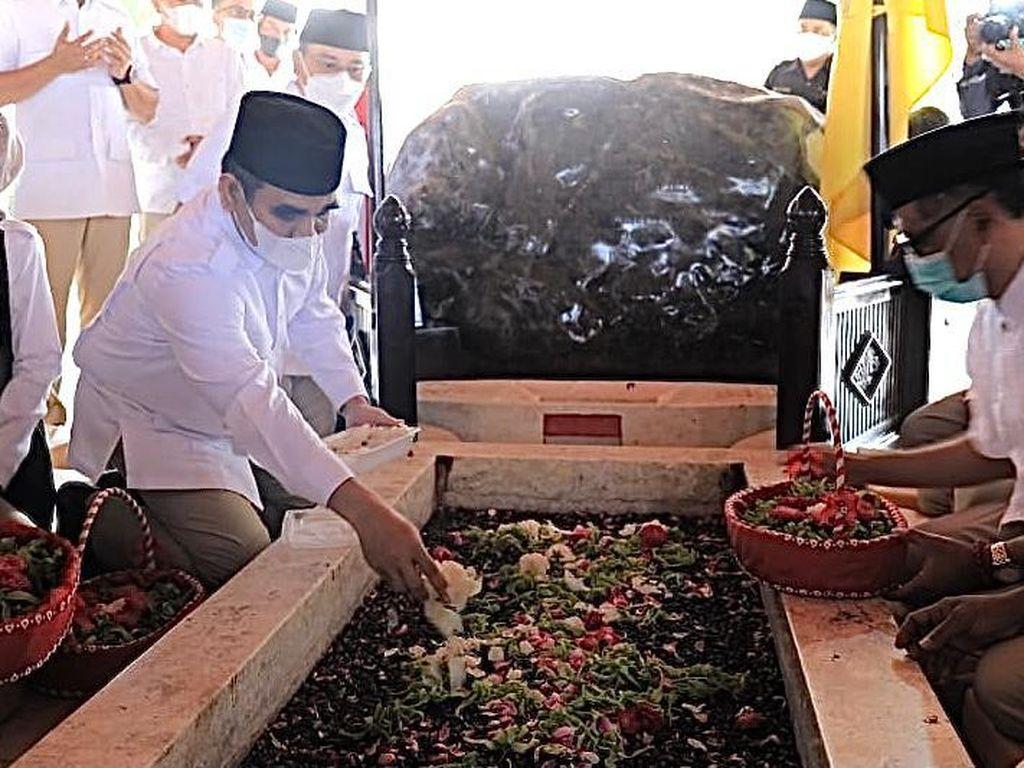 Ziarah ke Makam Sukarno di Hari Pancasila, Gerindra: Kami Hormat