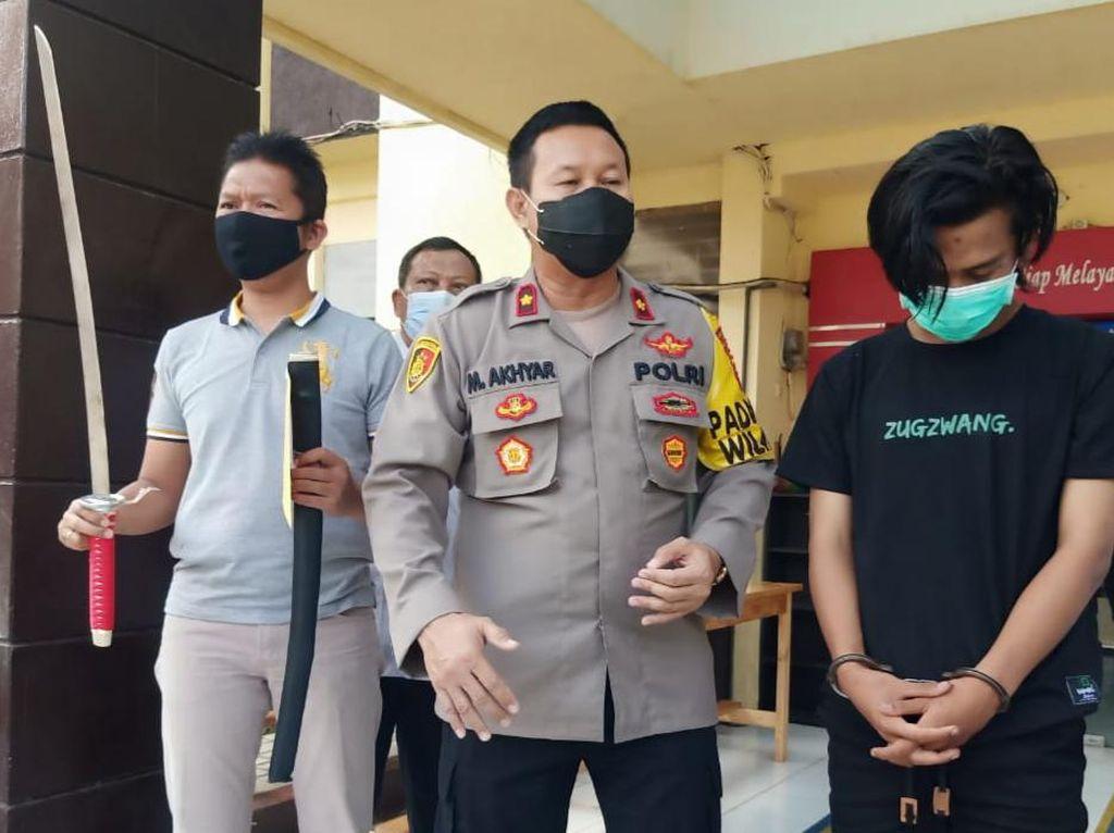 Hunus Samurai untuk Konten Video, Pelajar SMP di Surabaya Diamankan