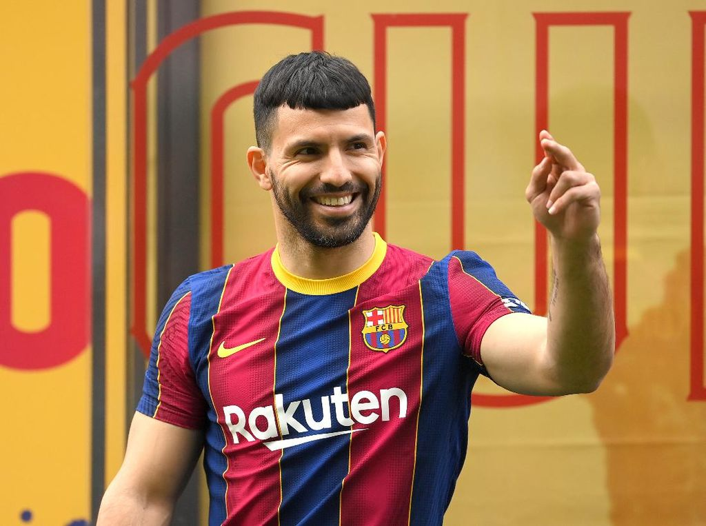 Yang Dikatakan Guardiola ke Koeman Usai Barcelona Rekrut Aguero