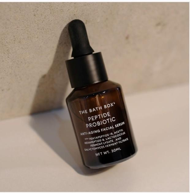 Serum anti-aging dari The Bath Box