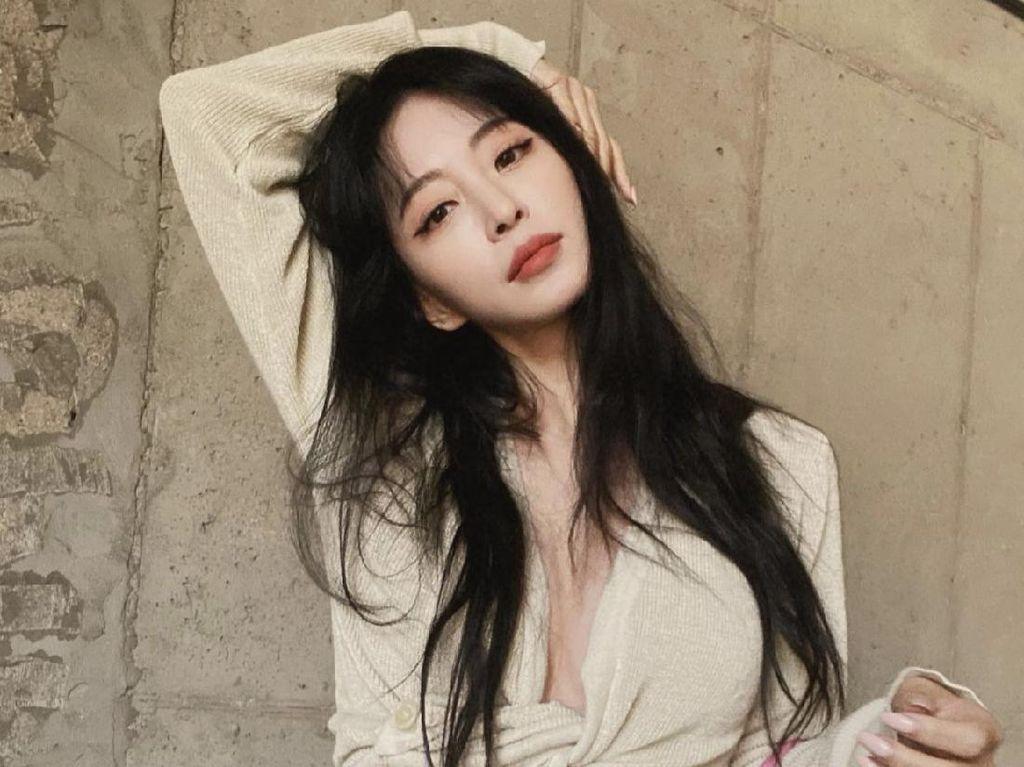 Han Ye Seul Jawab Rumor Putus dari Teddy karena Jennie BLACKPINK