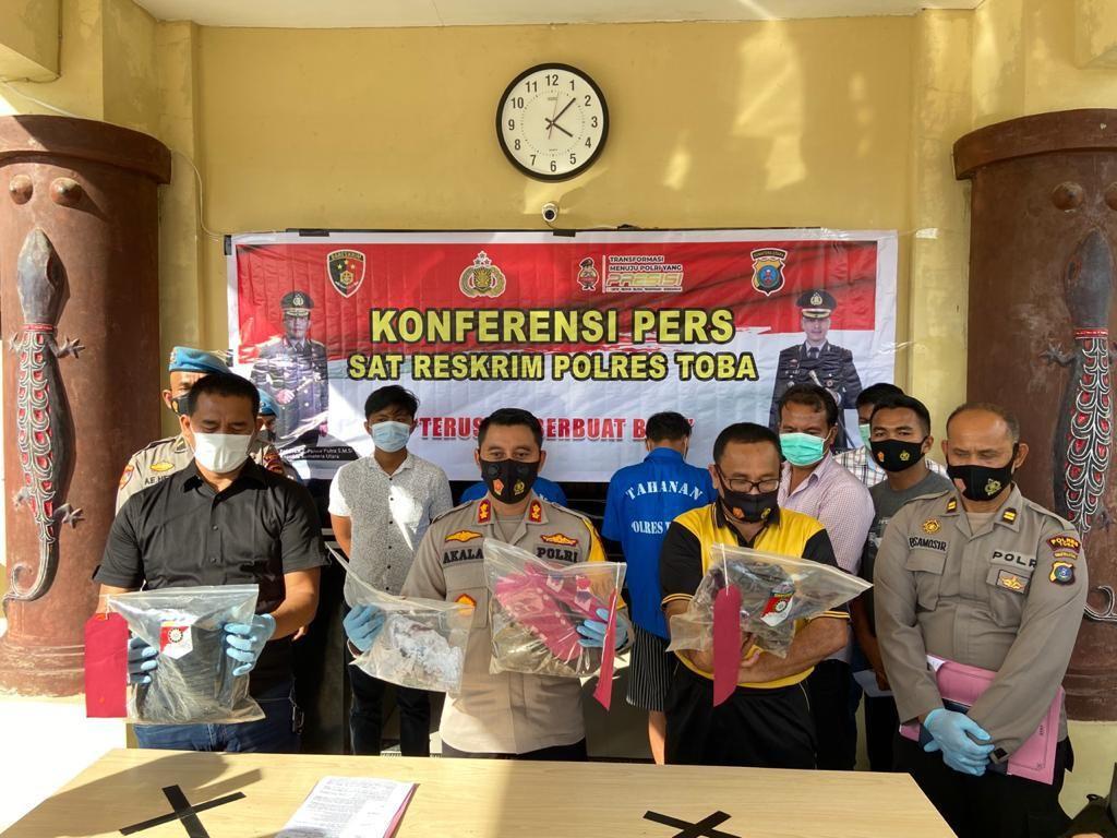 Gempar Remaja Jadi Buron Pembunuhan Keji Guru SD di Toba