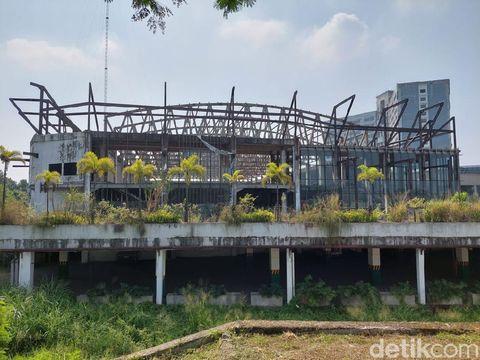 Kondotel Terbengkalai di Cimahi