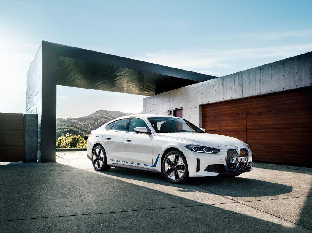 Ini Tampang Mobil Listrik Baru BMW i4