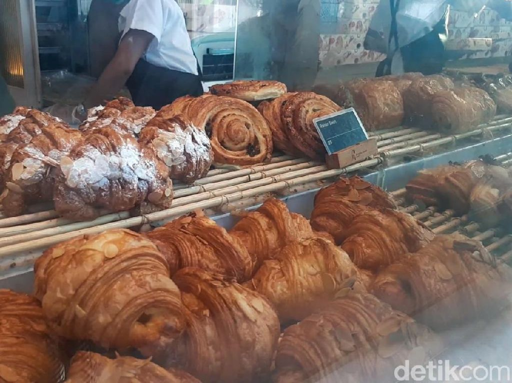 Renyah Gurih Croissant Buatan Bakery Hits dari Bali