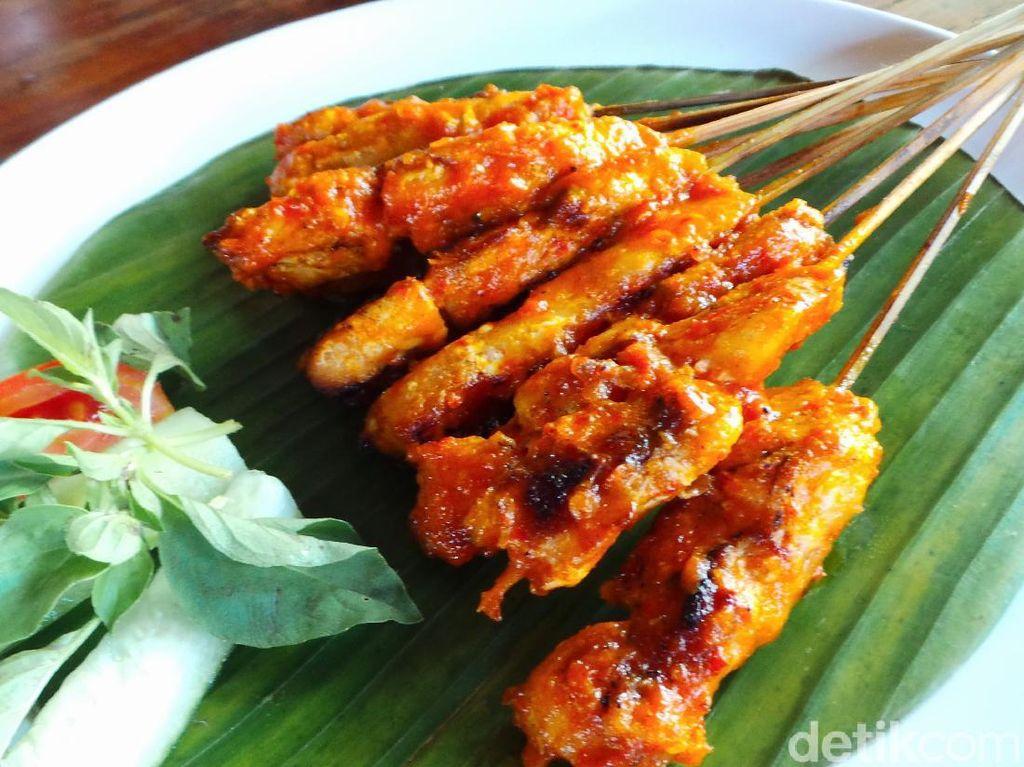 Resep Sate Rembiga Ayam Khas Lombok yang Pedas Manis