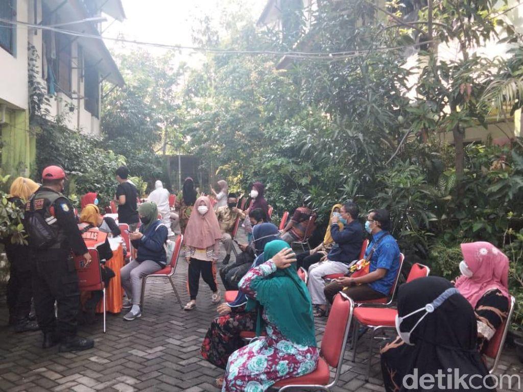 50 Positif COVID-19, Penghuni 18 Rusun di Surabaya Bakal Divaksin Massal