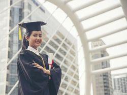 Dosen Unikama Cerita Pengalaman dan Berikan Tips Sukses Raih Beasiswa