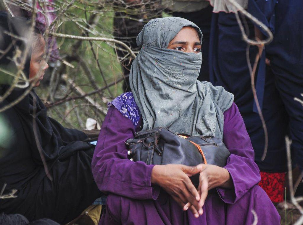 Puluhan Pengungsi Rohingya Terdampar di Aceh Usai 113 Hari Berlayar