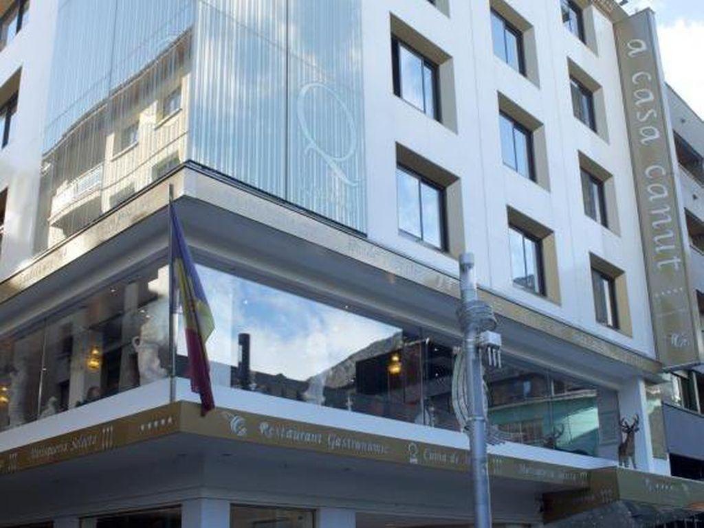 Yenny Wahid Tak Terima Gaji, Hotel Messi Ada di Negara Terkecil