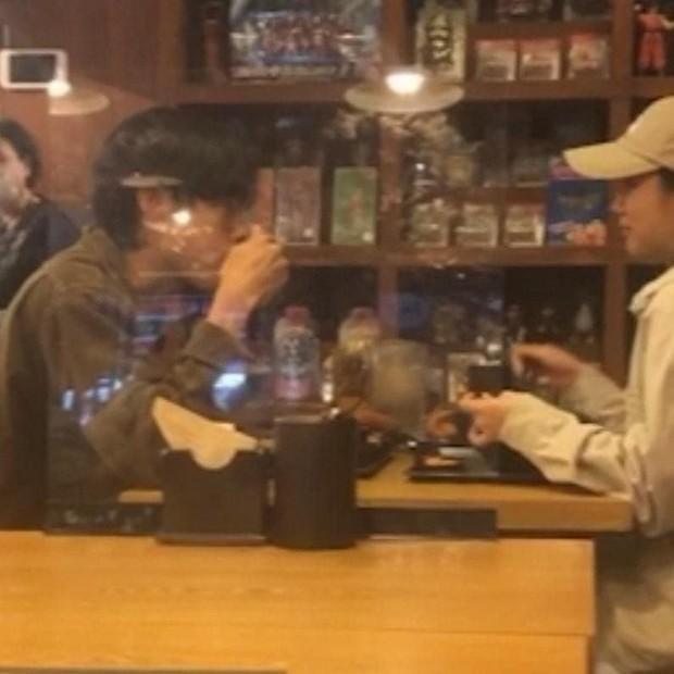 Hyeri Girl's Day dan Ryu Joon Yeol terciduk sedang kencan (foto: allkpop)