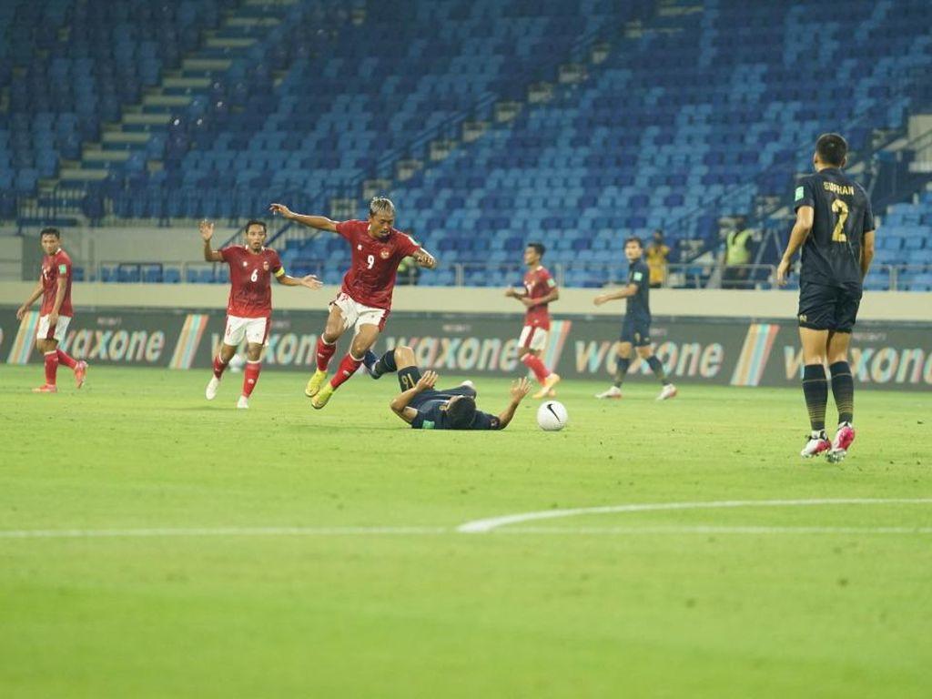Kualifikasi Piala Dunia 2022: Indonesia Imbangi Thailand di Babak Pertama