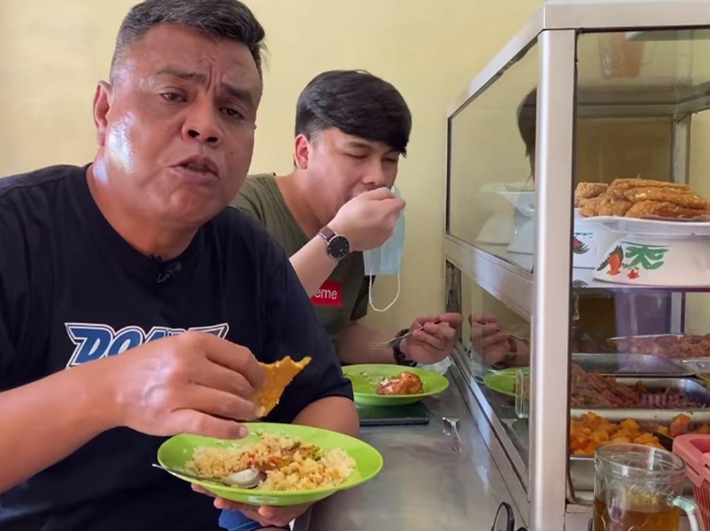 Abdel Achrian Suka Makan di Warteg, Ini 5 Warteg Favoritnya!