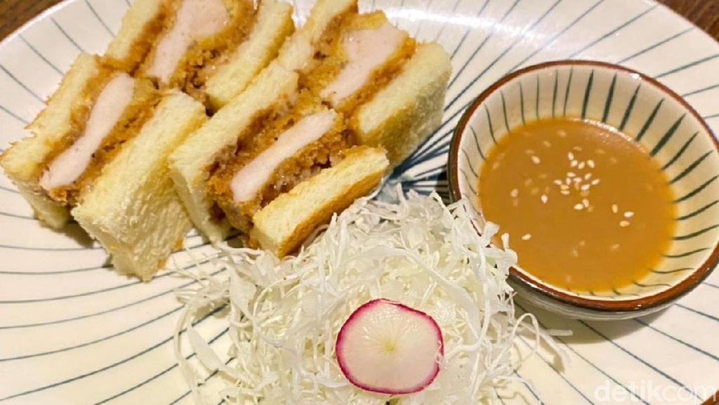 Renyah Juicy Sandwich ala Jepang Isi Beef Katsu
