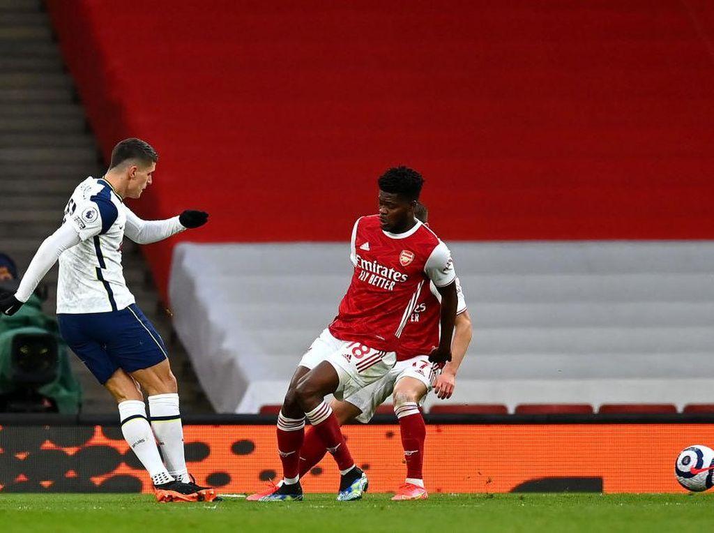 Inilah Gol Terbaik Liga Inggris 2020/2021: Rabona Erik Lamela