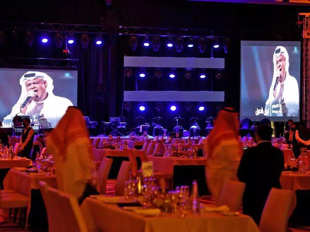 Konser Pertama Sejak Pandemi Digelar di Riyadh, Dihadiri Ratusan Orang