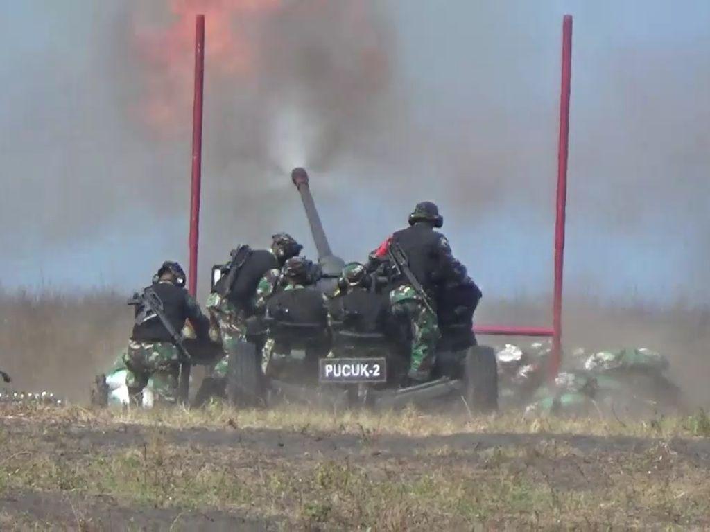 Kilatan Cahaya dan Dentuman di Gunung Raung Bukan dari Latihan Tembak TNI AD