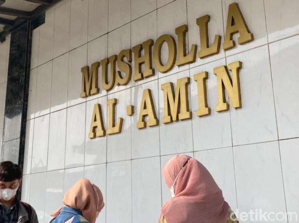 Dugaan Gangguan Jiwa Pria Lecehkan Wanita Saat Salat di Musala