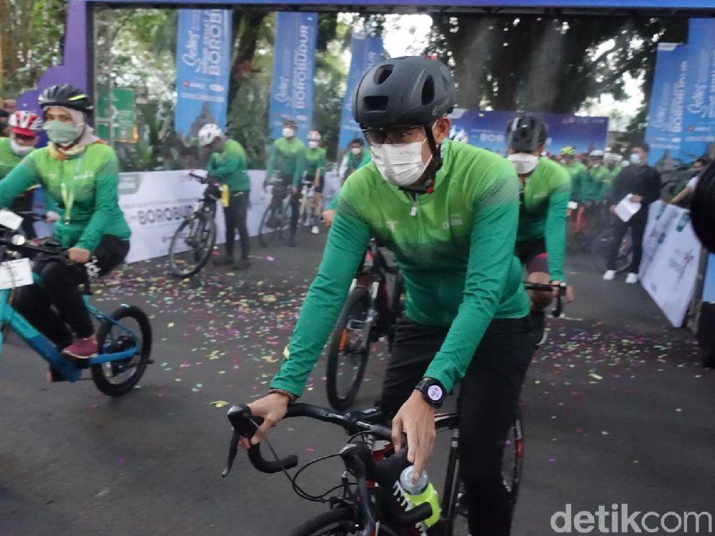 Sandiaga Gowes Bareng Hidup Sehat Series 2021 Borobudur