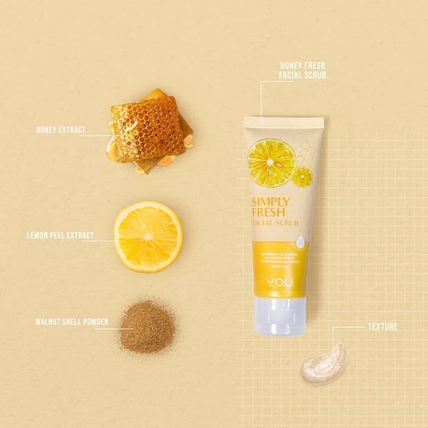 Facial scrub dengan bahan pilihan yang aman untuk wajah dan sensasi menyegarkan ketika diaplikasikan agar kulit tetap bersih dan sehat.