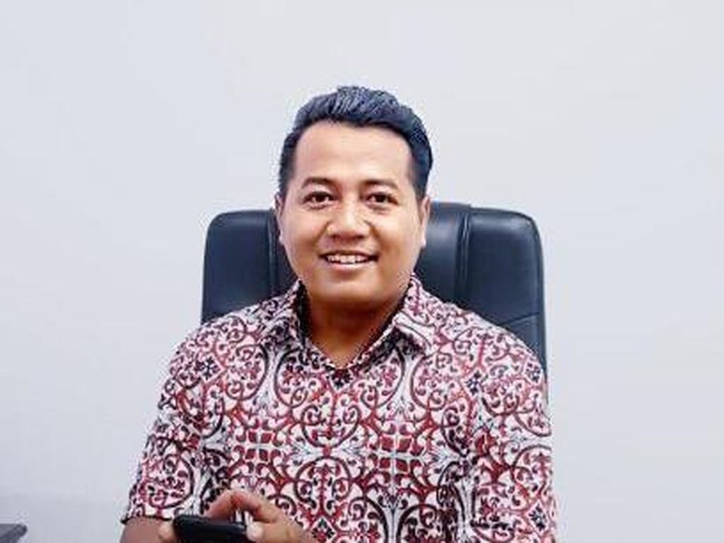 Tentang Usul Poyuono Perpanjang Jabatan Jokowi dan Sosok 3 Musketeers Istana