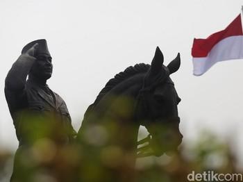Diplomasi Patung Mas Bowo
