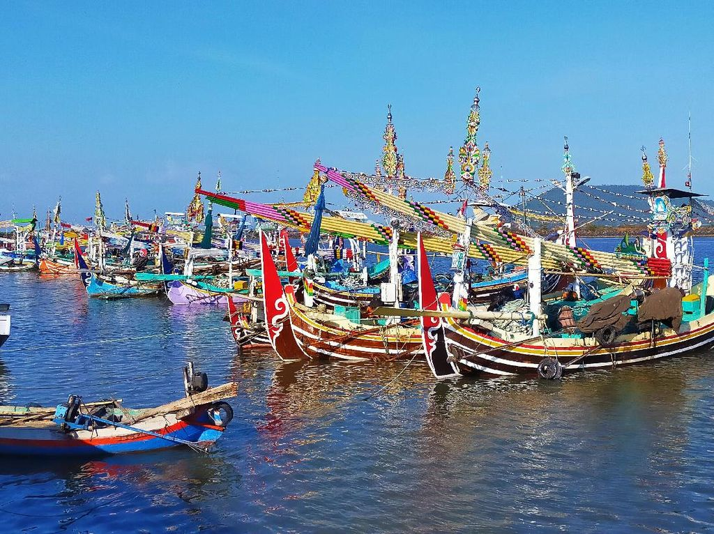 Nelayan Banyuwangi Tetap Melaut Meski Potensi Tsunami Ancam Selatan Jawa
