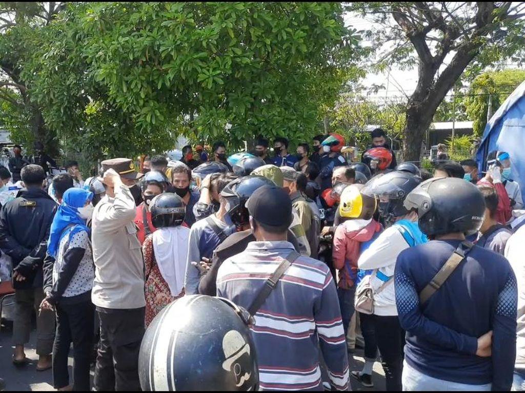 Wali Kota Surabaya ke Bupati Bangkalan soal COVID-19: Ojok Dilosno Ae