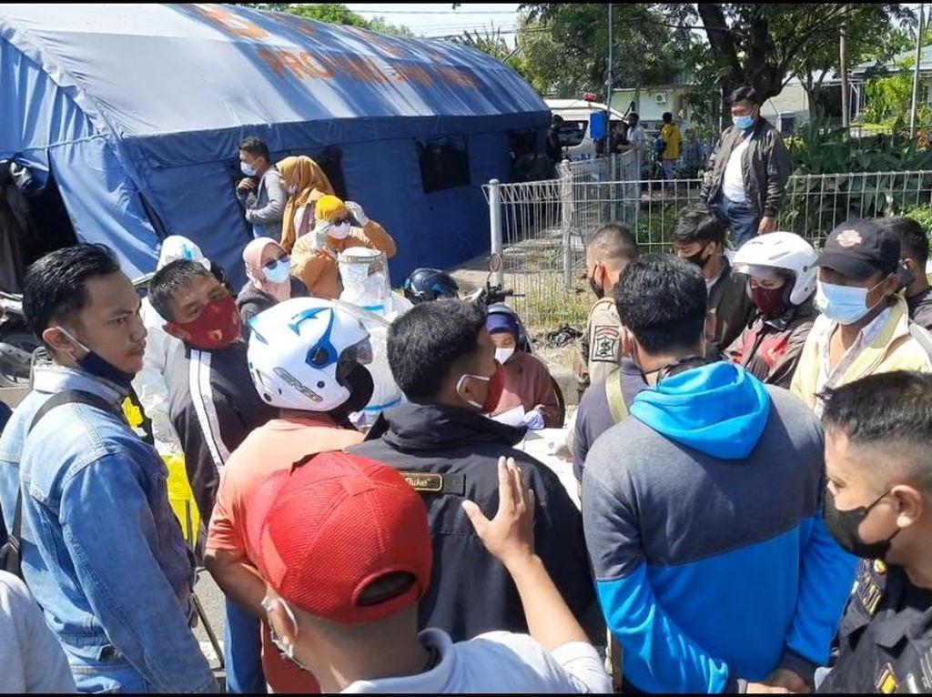 6 Jam Swab Massal di Suramadu, 70 Orang Positif COVID-19