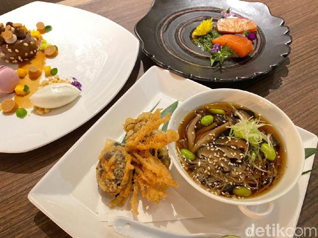 5 Chef Kenamaan Berkolaborasi Sajikan 10 Hands Dinner Hanya Semalam