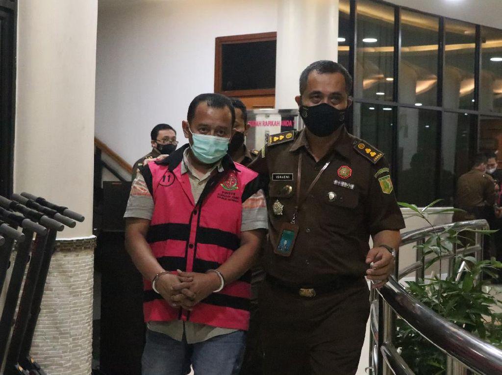 Kejagung Tahan 2 Tersangka Kasus Kredit Bank Syariah di Sidoarjo
