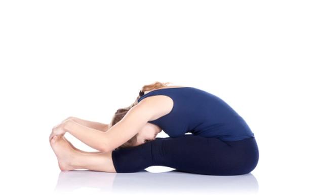 Foto: Seated Forward Bend/yogabodyandbalance.com
