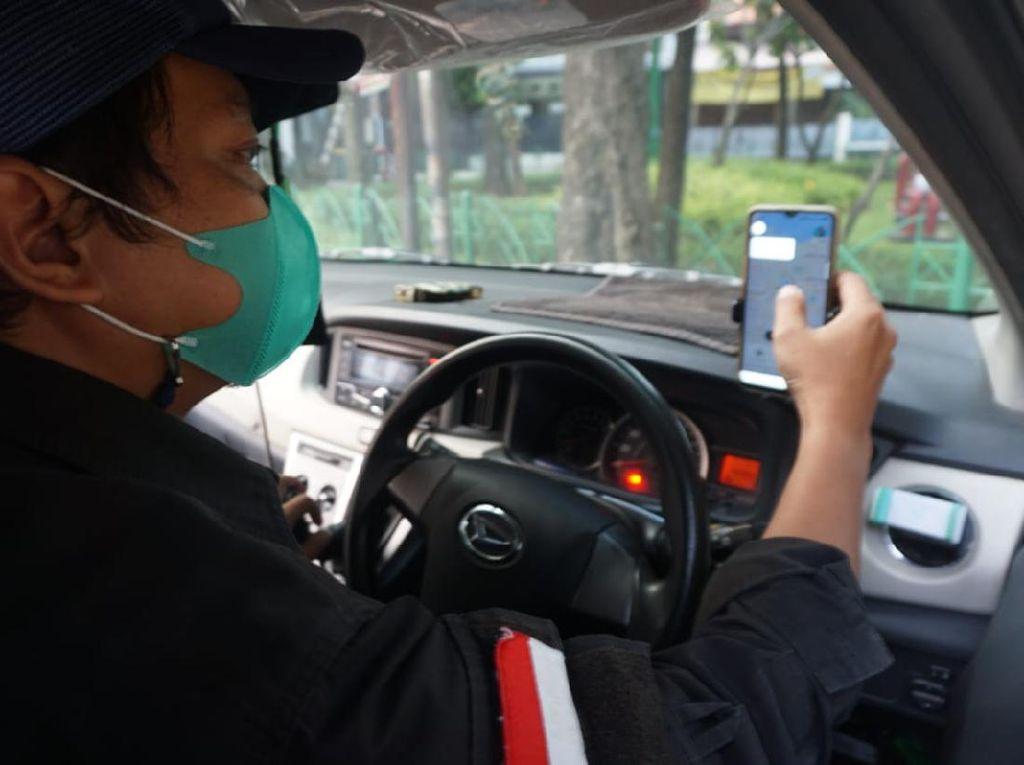 Teknologi Selfie Mask Buat Taksi Online Makin Pede Narik saat PPKM Darurat
