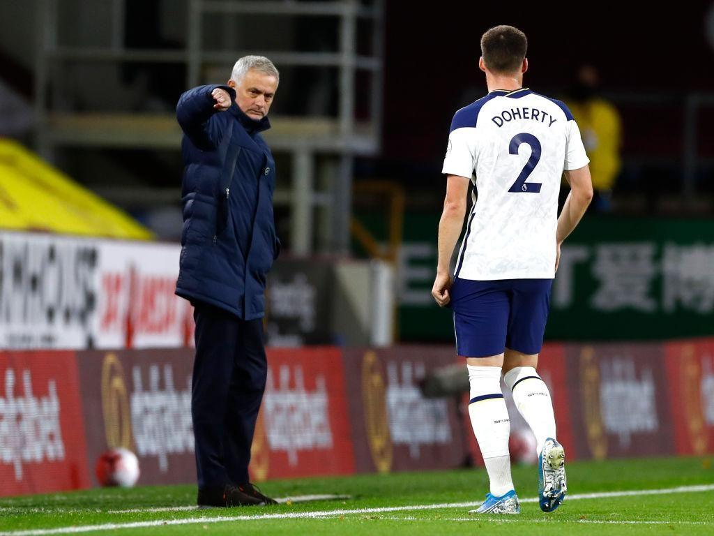 Mourinho Dipecat Gara-gara Salah Pemain Tottenham