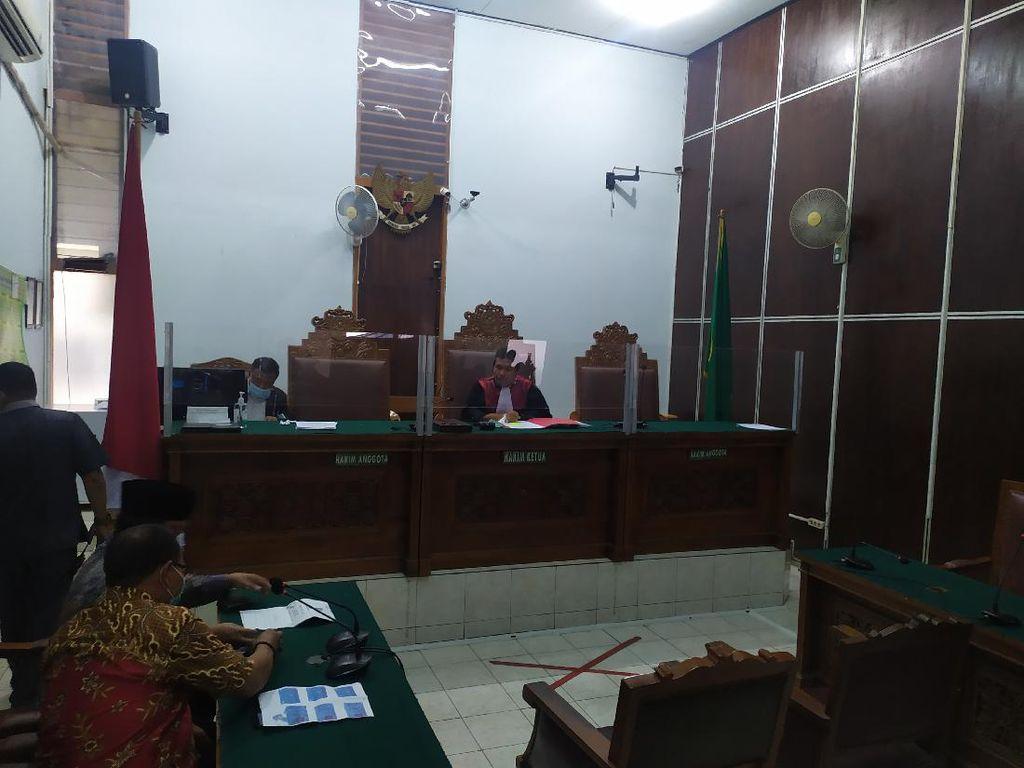 KPK Tak Hadir, Sidang Praperadilan SP3 BLBI Ditunda