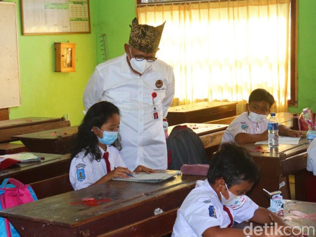 Jelang Sekolah Tatap Muka, Tren Kasus COVID Pada Anak Usia Sekolah Tinggi