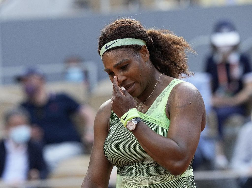 Prancis Terbuka 2021: Serena Kandas, Medvedev Vs Tsitsipas di 8 Besar