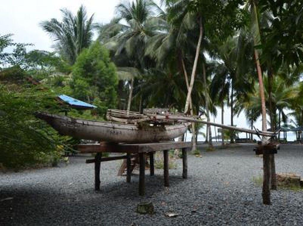 Foto Perahu Teluk Tanah Merah Papua, Bisa Dibedakan Jenis Kelaminnya