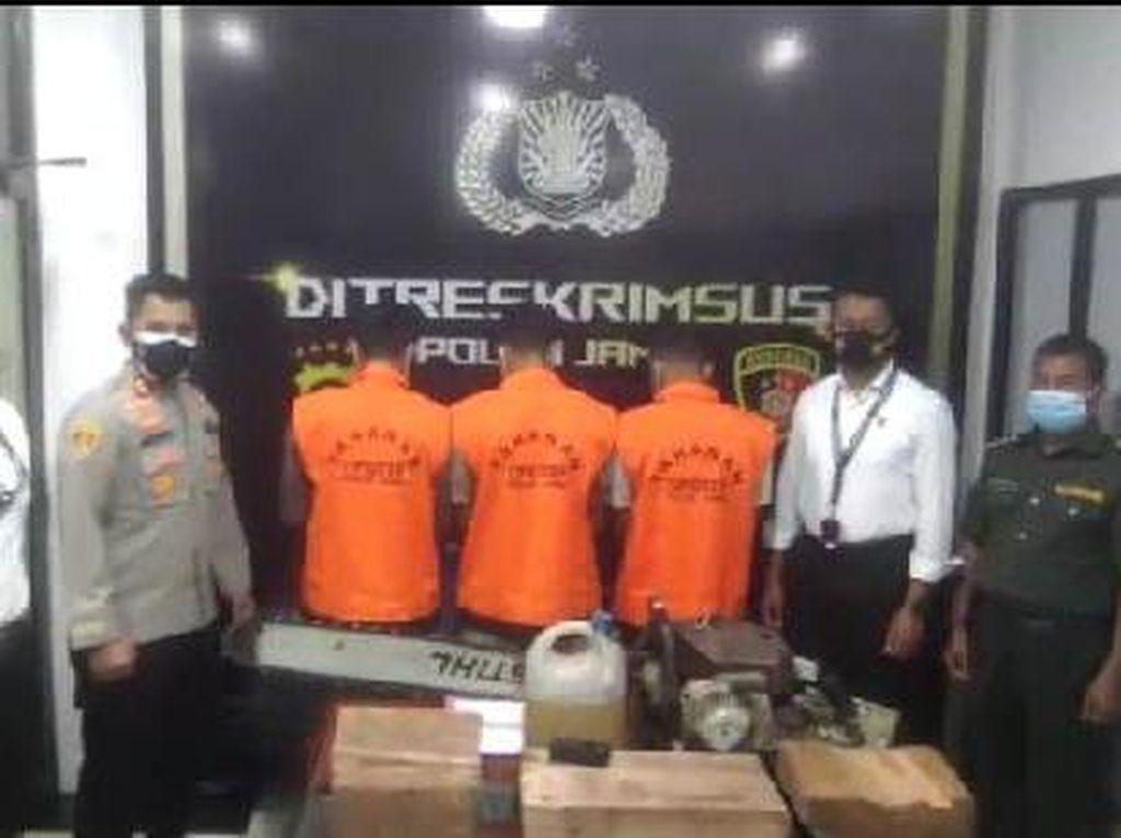 Patroli Karhutla, Tim Gabungan Tangkap 3 Pembalak Liar di Hutan Jambi