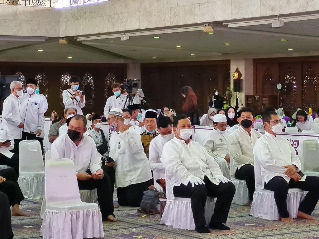 Syukuran Seabad Soeharto, Prabowo-Anies Hadir