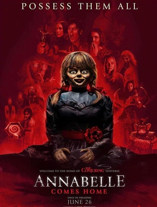Kisah tentang Annabelle belum selesai! Cerita boneka terkutuk tersebut kembali di angkat pada seri ke-5 The Conjuring Universe.