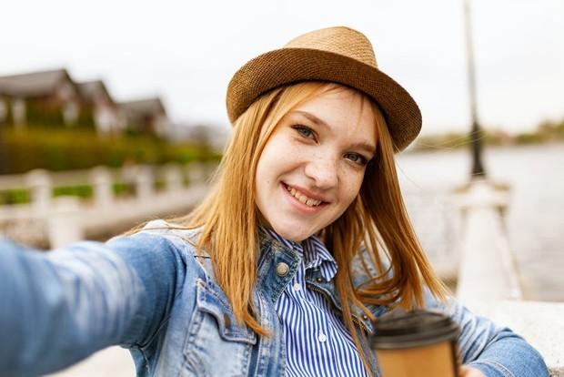 Contoh gambar di profil